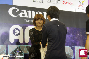 Popular anisong singer May'n greets some of her fans during her Meet & Greet session. (Photo by JM Melegrito)