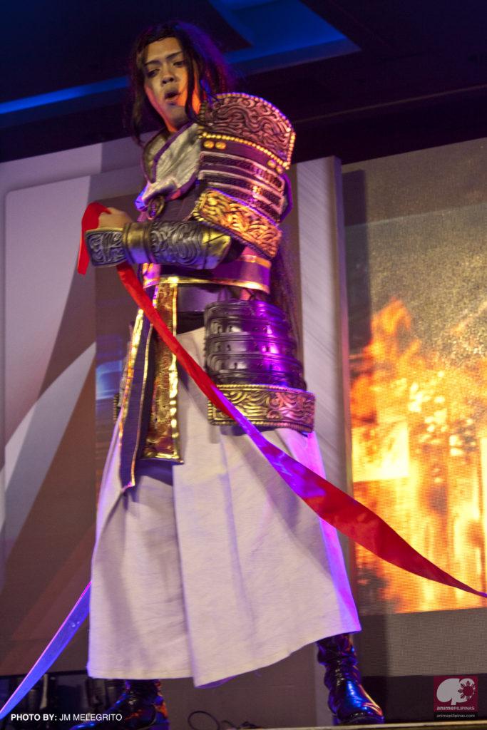 Edward Amparado as Mitsuhide Akechi of Samurai Warriors. (Photo from JM Melegrito / Anime Pilipinas)