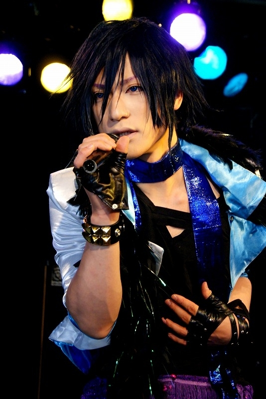 Yukari Shimotuki as Tokiya Ichinose of Uta no Prince-sama: Maji Love 1000% (Photo from WorldCosplay.net)