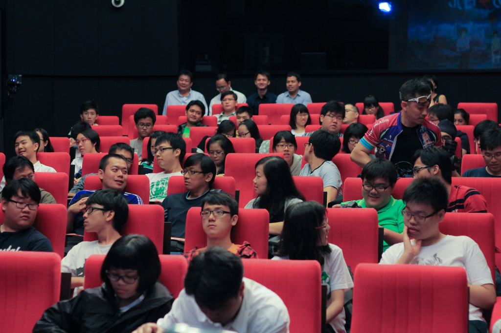 The crowd for the Terror in Resonance screening event in Singapore last Wednesday. (Photo provided by ANIPLUS Asia)