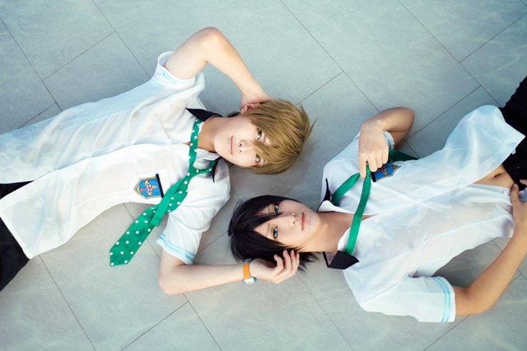 BaoZi & Hana as Makoto Tachibana & Haruka Nanase of Free! (Photo from WorldCosplay.net)
