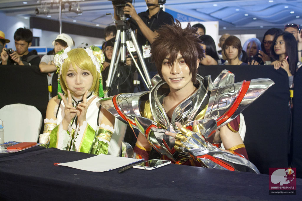 The Best of Anime 2015 guest cosplayers HANE*ANN from Taiwan and Sara-Tousa Bao from Singapore. (Photo from JM Melegrito / Anime Pilipinas)