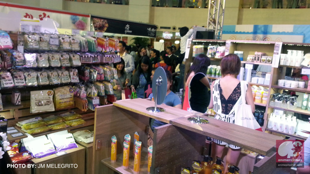 Cool Japan Shop at Cool Japan Festival 2015 offering wide variety of items that are never seen before by Filipinos. (Photo from JM Melegrito / Anime Pilipinas)
